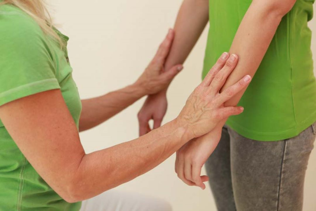 Wie funktioniert der kinesiologische Muskeltest?